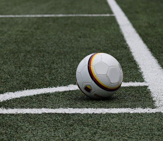 Cómo ver fútbol en Chromebook